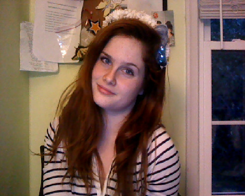 toinfinityandabroad:  Hi Rookie. I made a real-Flower flower crown <3 Contemplated bitchfacing…   You look like Lana Del Rey! But with extra single-eyebrow-lifting powers. xxAA