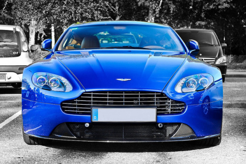 Aston Martin V8 Vantage S by Jack de Gier on Flickr.