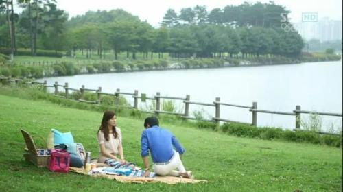 #1 Picnic Yess, it my first wish that i want do to my date. I hope it can be before i'm married. Just stay there. Tell about story that all we know. Or just keep silence, read the book all day. Just a simple like that.