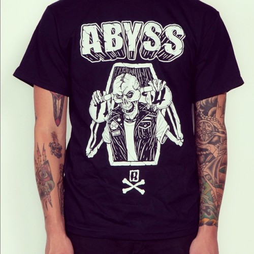 Available now, http://abyss.storenvy.com only 17.50! #abyss_crew#skateboard#shred#destroy#skate#abyss#maine#tshirt#streetwear#thrasher (Taken with Instagram)