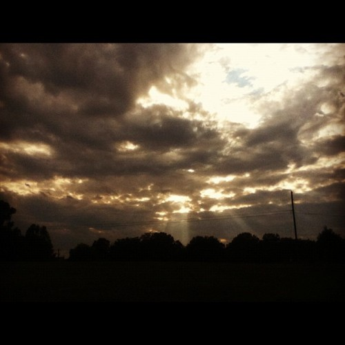 sexyredhead16:  #hello #god #photography #photographyofinstagram #clouds #sun #landscape #beautiful #wonderful #instagood #instagreat #pretty #fields #electricpole #grass #trees (Taken with Instagram)