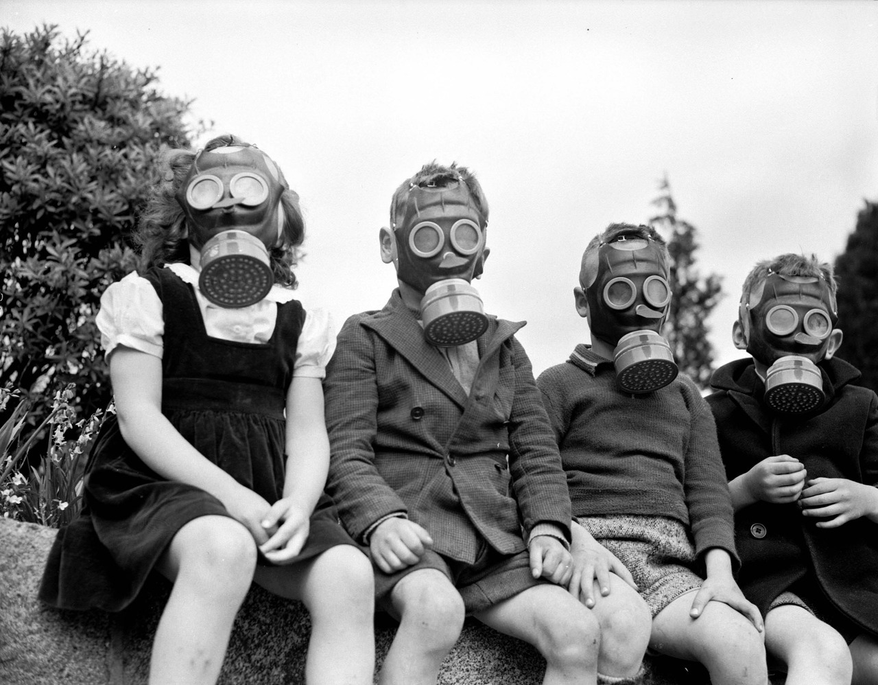 Gas Mask Demonstration, 1943 Source: Photo by Don Coltman and Steffens Colmer, City of Vancouver Archives #586-1239