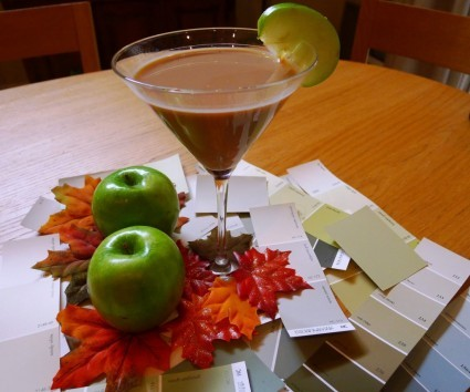 Baileys Caramel Appletini   1 ounce Baileys Caramel Irish Cream 1/2 ounce Smirnoff Green Apple Flavored Vodka 1 slice apple 1 teaspoon caramel sauce  Add Baileys Caramel Irish Cream and Smirnoff Green Apple Flavored Vodka. Shake with ice and strain into a pre-chilled martini glass.   Garnish with an apple slice and caramel.