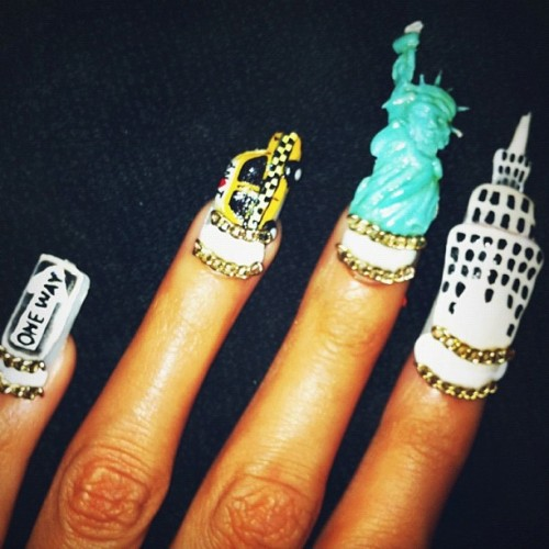 naominailsnyc:  Empire state of mind #nail #empirestateofmind (Taken with Instagram)