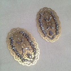 Almost finished 😍…. Filigree earrings embroidered with natural silver japanese akoya pearls, Inspiration lace & luxe!  #lace #nakedprincess #filigree @nakedprincess #jewelryoftheday #jewelrytodiefor #jewelryofinstagram #etsy #etsyjewelry #ashleychilds #filigree #natural #japanese #akoya #keshi #pearls #silverpearls #deluxe #ilovemyjob  (Taken with Instagram)