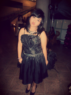 girl for a night :)@ate Cam'z debut :)