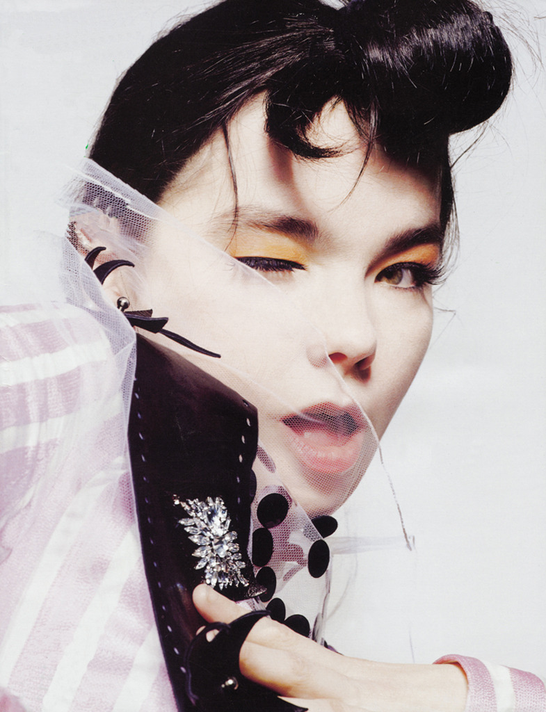 "unviel:  ""The Original Issue #20"" featuring Björk by Mert Alas & Marcus Piggot for i-D #201 September 2000"