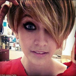 "Paris Jackson gets a ""Miley"" cut. We adore it!! #hair #beauty #celeb #jackson #paris #parisjackson #haircut #hairsalon #celebrity #celebrityhair #fun #girl #beautiful #mj #michaeljackson #dirtyblonde #fab #edge #mileycyrus #trend #new #miley  (Taken with Instagram)"