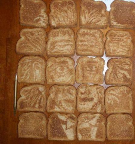 petyrbaelishismyking:  Einstein french toast…someone had a LOT of time on their hands! But it's amazing