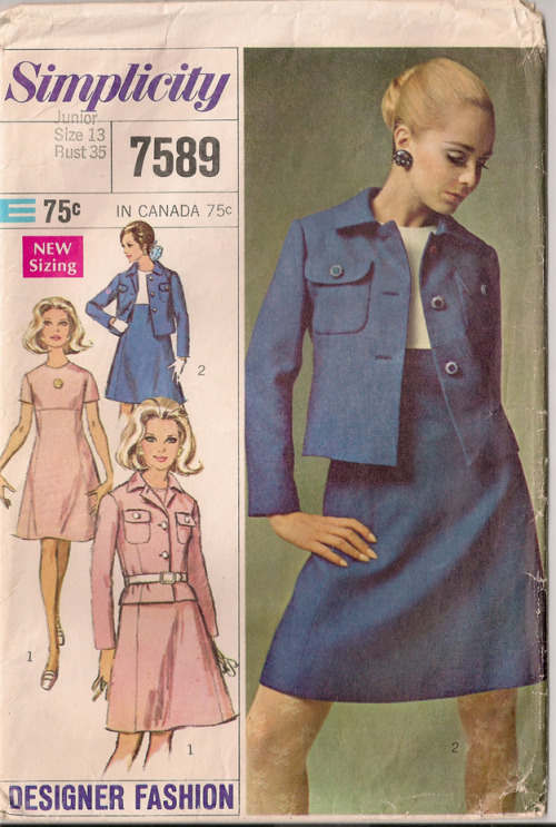 Junior's and Misses' Dress and Jacket … Designer Fashion © 1969 Simplicity Pattern Co