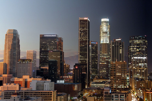 L.A. Day into Night CameraMator Time-lapse composite shot (1 hour between first and last frame).