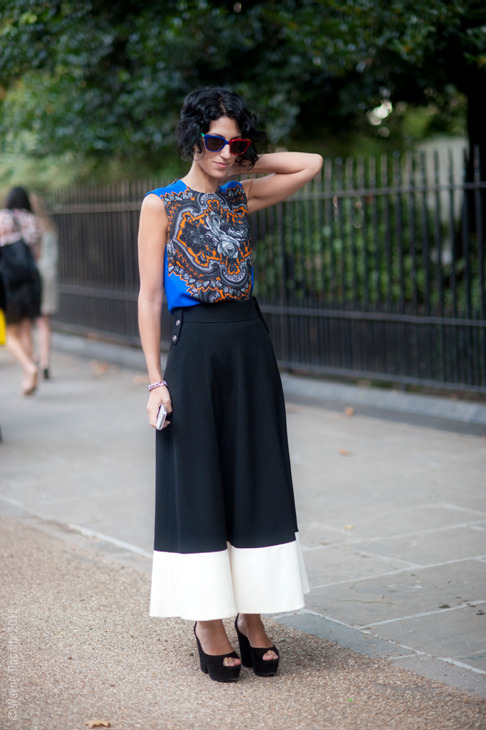 fashion-streetstyle:  (via London – Yasmin Sewell)