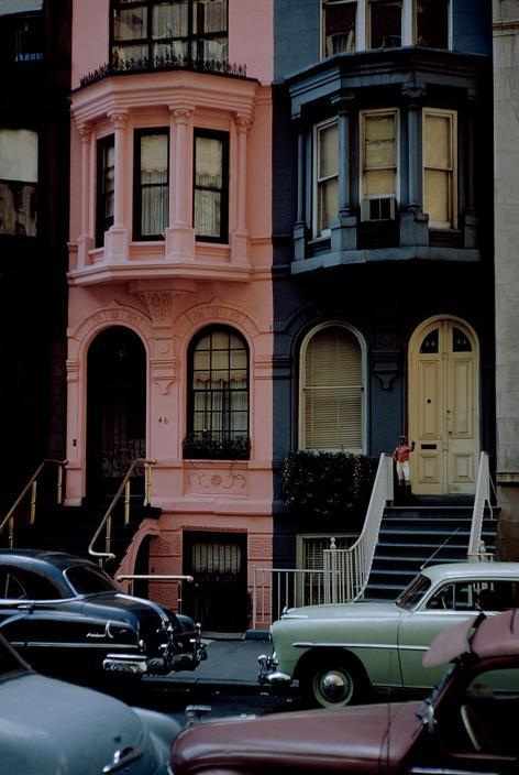 theniftyfifties:  New York City, 1953. Photo by Werner Bischof.
