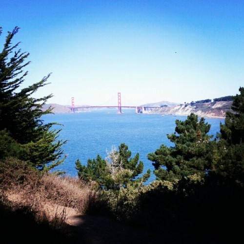 Monday stroll. (Taken with Instagram at Lands End)