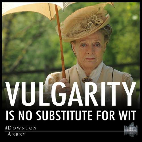royalleowolf:  Maggie Smith for the WIN!!!