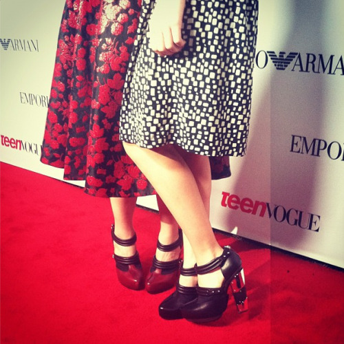 Matching Rodarte heels on Maude Apatow and mom Leslie Mann at the Teen Vogue Young Hollywood party
