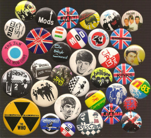 A small selection of my Mod/Ska buttons…