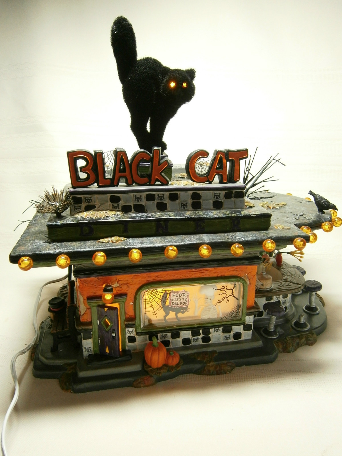 Black Cat Diner Miniature Lighted House Miniatyr Belyst Hus