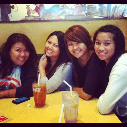 La'Rosas a few weeks ago! I love my fam. :) @cherashli @lost_ships  (Taken with Instagram)