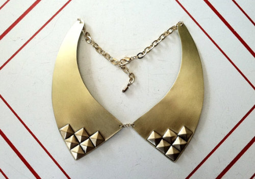 "lovelyetsy:  ""Studs"" Bib Necklace by LauraBusony"