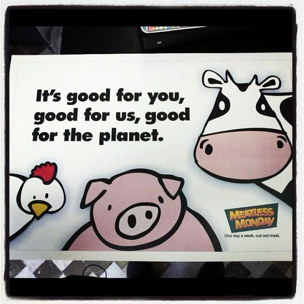 blutgirl:  Good for you, good for us, good for the planet: MEATLESS MONDAY #meatlessmonday #lunessincarne (Tomada con Instagram)