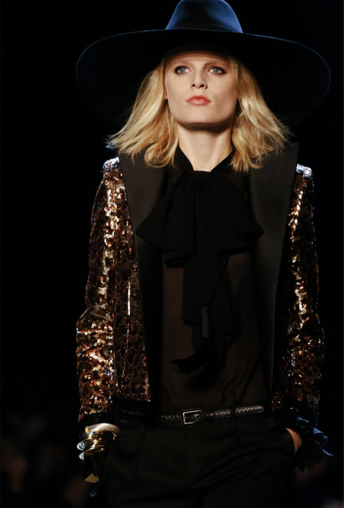 tresaiden:  Saint Laurent Spring/Summer 2013.