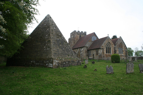 furtho:  Pyramid and Church at Brightling, East Sussex (by ART NAHPRO)