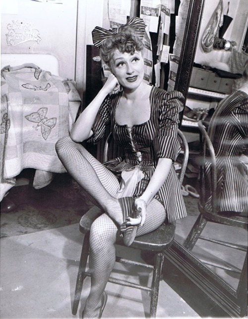 June Havoc - Backstage Candid 1941 http://www.ebay.com