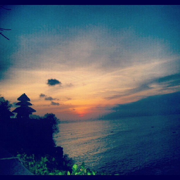Magical sunset in uluwatu bali #bali #uluwatu #sunset #indonesia #splendid (Taken with Instagram)
