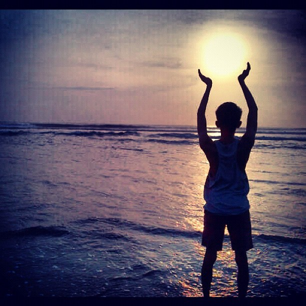 Wont let the sun goes down #double6beach #sunset #beach #bali #magical (Taken with Instagram)