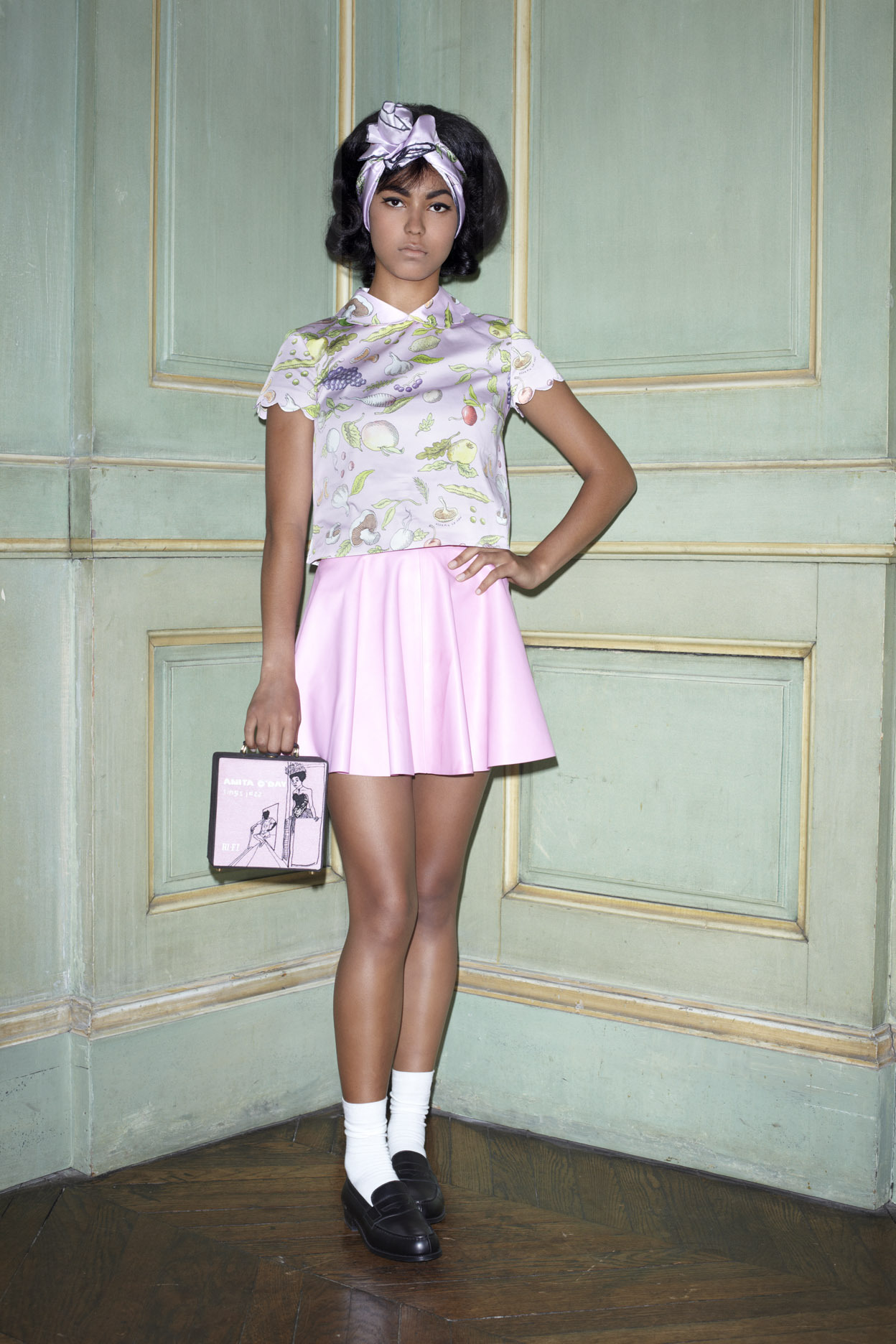 "Taïnara with the pink leather Rosa skirt, pink Secret Garden Nina top and Anita O'Day 7"" bag."