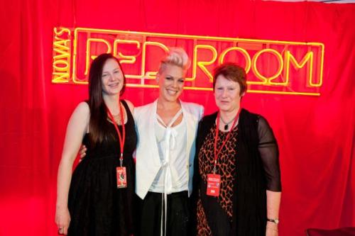 Met P!nk yesterday, best day of my life omg :')