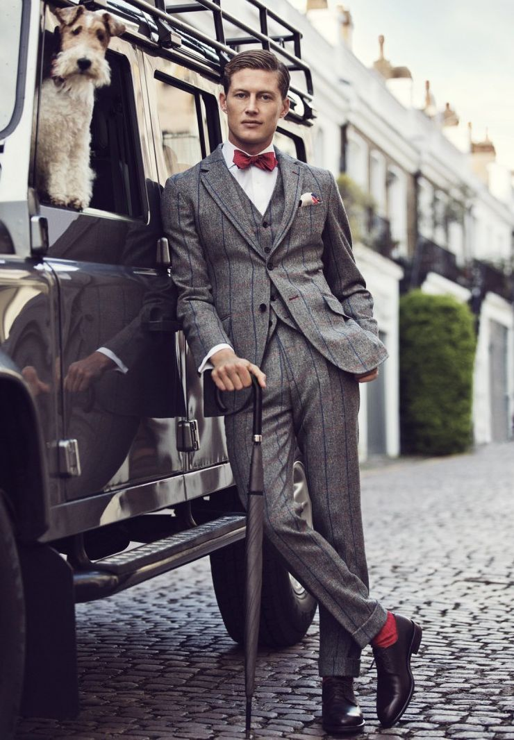 Hackett I love suits and red socks