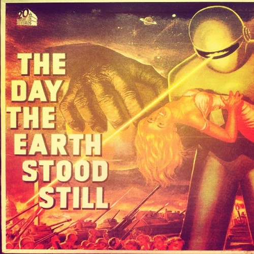 "Bernard Herrmann - The day the earth stood still 10"" 1951. This record was released later. Samuel Hofmann on the theremin, this is an outstanding score. #soundtrack #scifi #vinyl #records #space #33rpm #vinylclub #vinyligclub #instagrooves #instavinyl #vintagevinyl #vinylporn #vinyljunky #vinyloftheday #ilovevinyl #coverart #cratedigger #cratedigging #dustyfingers #vinylcollector #recordcollector #vintage #collection #dope #inspiration #film #ardengalaxe #music #instadaily #iphoneonly @ardengalaxe  (Taken with Instagram)"