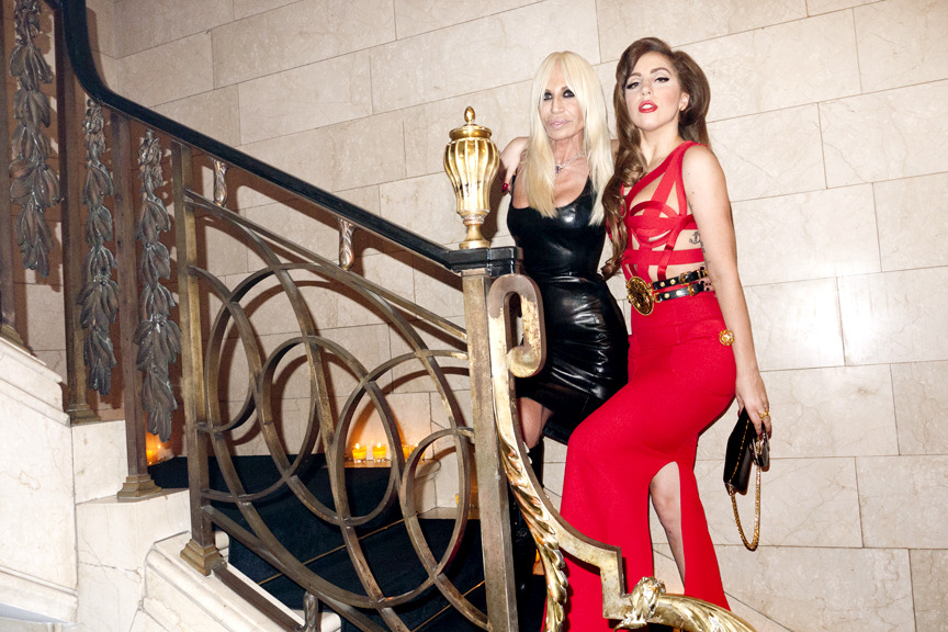 Dying for that scarlett dress…  terrysdiary:  Lady Gaga and Donatella on the stairs in Gianni's apartment.