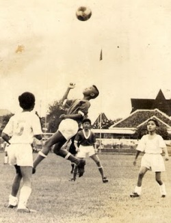 #AgaintsModernFootballYoung Boys Playing Football at Menteng 1970