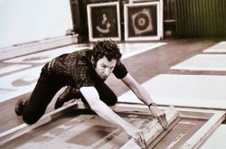 Robert Rauschenberg goin' for it!