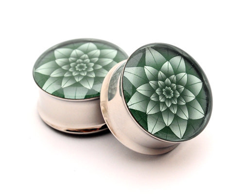 Green Lotus Picture Plugs by Mysticmetalsorganics on Etsy.