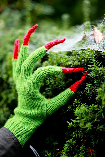 knitted witch hands