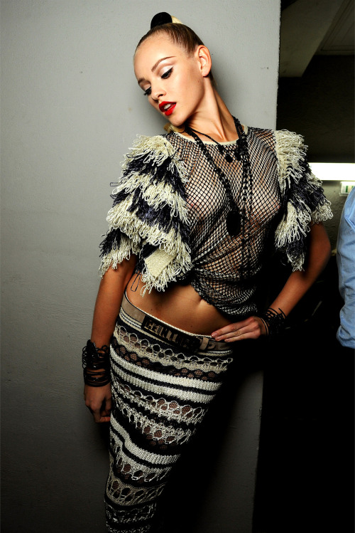 Backstage @ Jean Paul Gaultier - Spring/Summer 2013