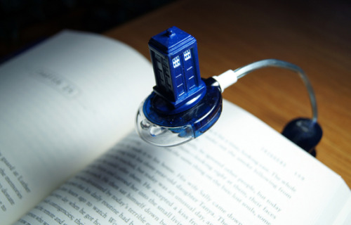 The better way to read! (via MTV Geek - What's New With Doctor Who: Goodbye Ponds, Silence Plush, and TARDIS Book-light)