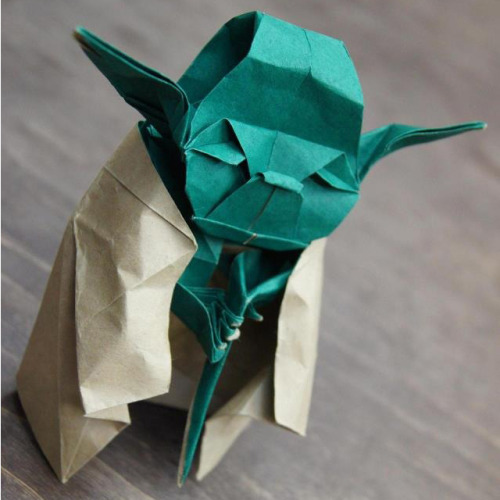 jaelynnelove:  urhajos:  Origami It Is!  G.O.M….  ahahahahhahhahaha someone funny thinks they are