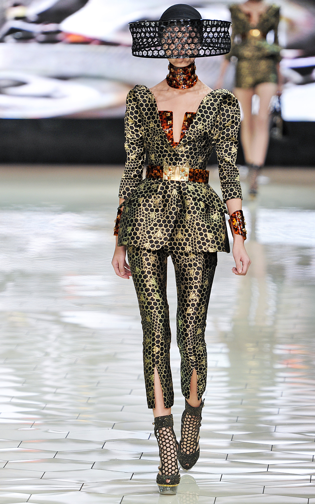 Photo by firstVIEW #Breathtaking Alexander McQueen Spring 2013, Paris.