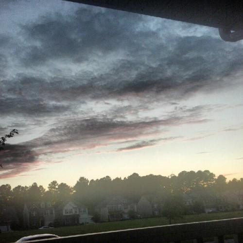 The sky just looks so pretty  (Taken with Instagram)