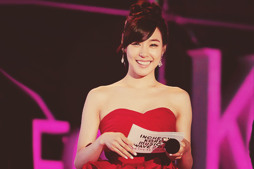 53/100 pictures of tiffany