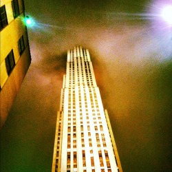 #nyc #rockefellarcenter #30rock #building #fog #sky  (Taken with Instagram at Rockefeller Center)