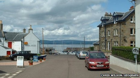 BBC News - Cromarty fisherfolk dialect's last native speaker dies