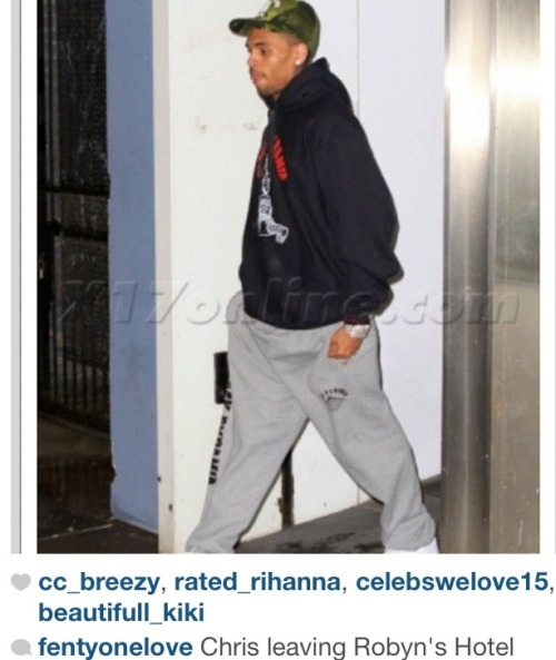 chrianna:  They caught leaving RihRih's hotel room but they also said the shoe👞👞 was in NYC nobody saw her while they was getting it on in the club lol☕