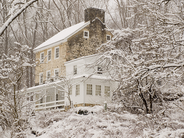 Old farm house in snow - White Clay Preserve by D A Cameron on Flickr.