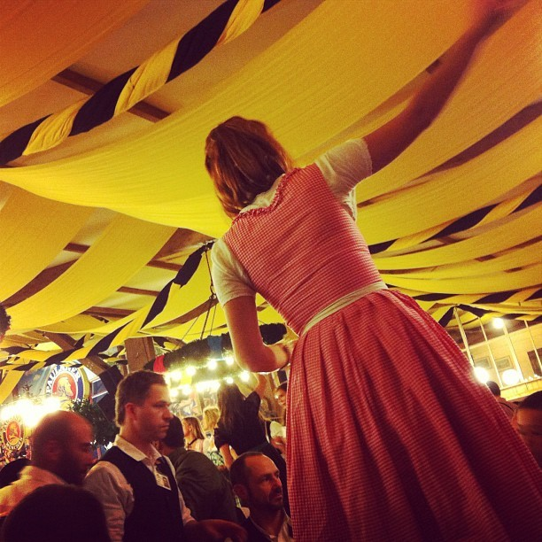 Drunken revelry begins to take hold. #oktoberfest #latergram #drunkpeople #munich http://instagr.am/p/QT-SN8KFjv/
